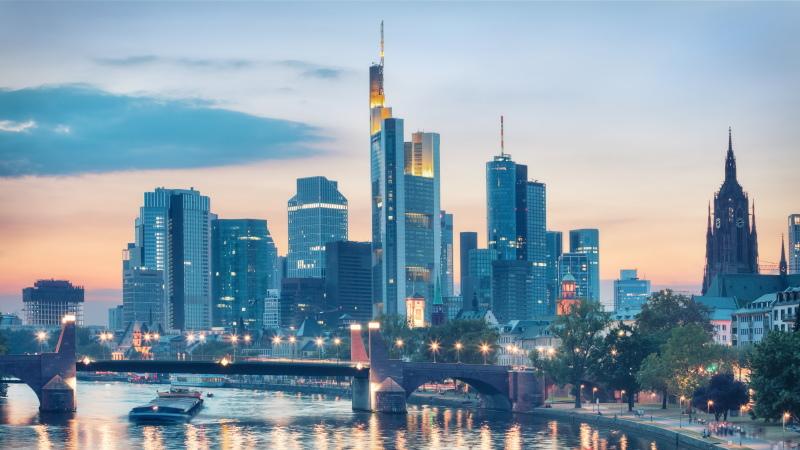 Frankfurt DAX closes up 0.27% at 15,573.88 points (RCOP)