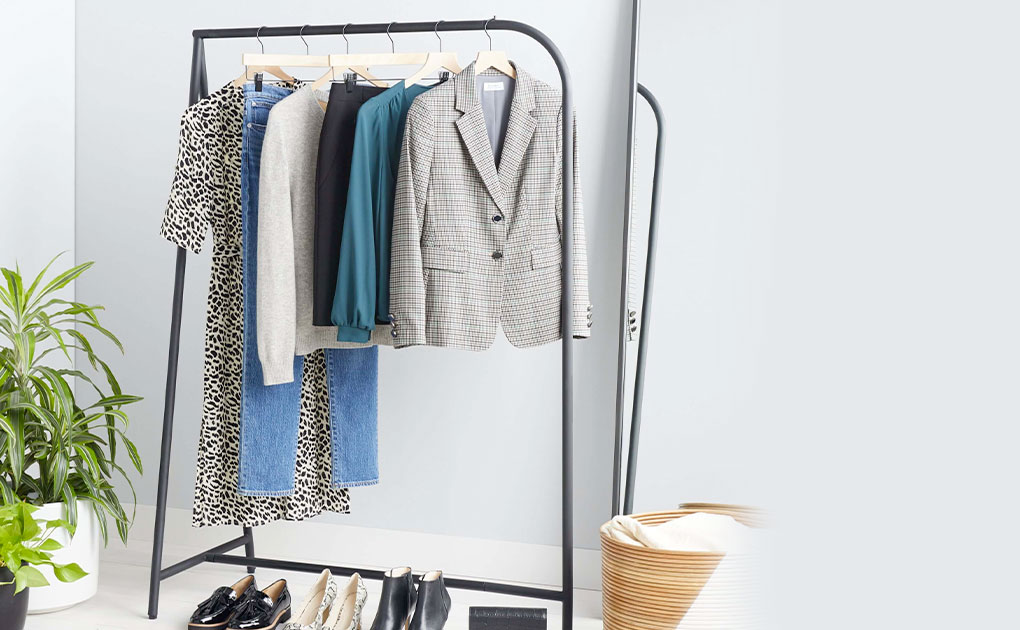 Stitch Fix, the personal shopping company turns to profit in the fourth quarter