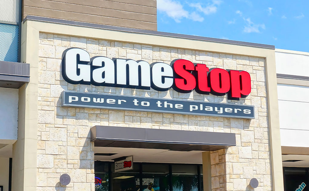 GameStop narrows losses in the second quarter. But shares fall sharply in after-hours trading