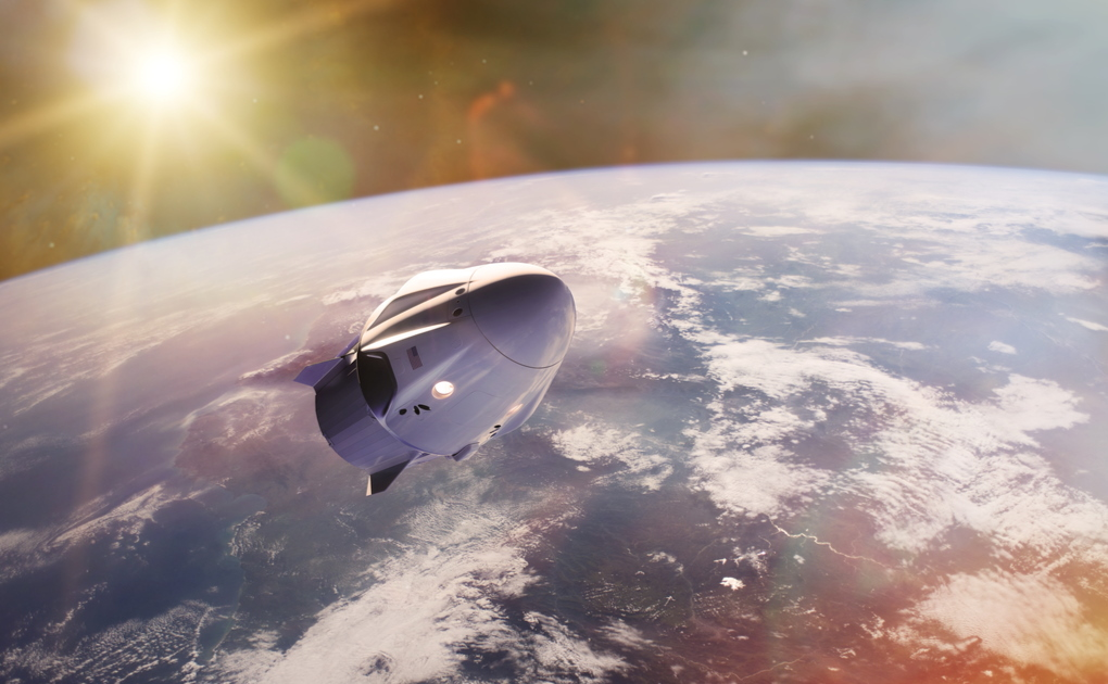 SpaceX, decolla il Falcon 9 di Elon Musk. A bordo solo civili